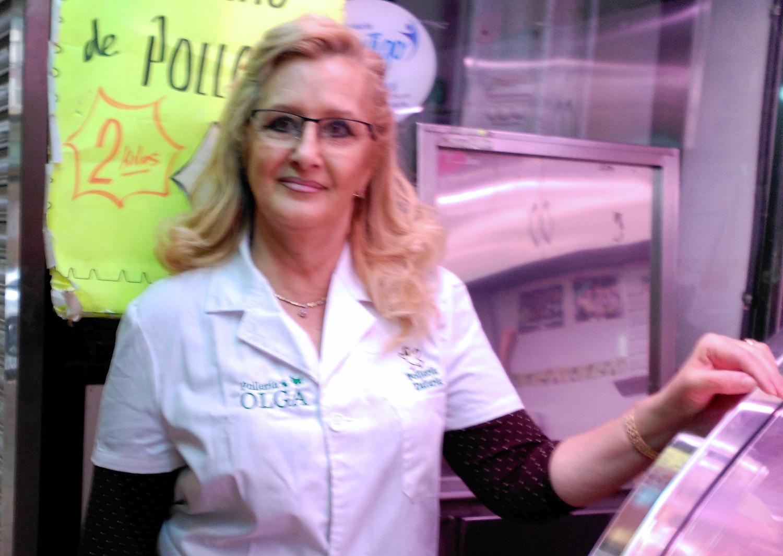 Olga: 42 años en el mercado, y lo que le queda…