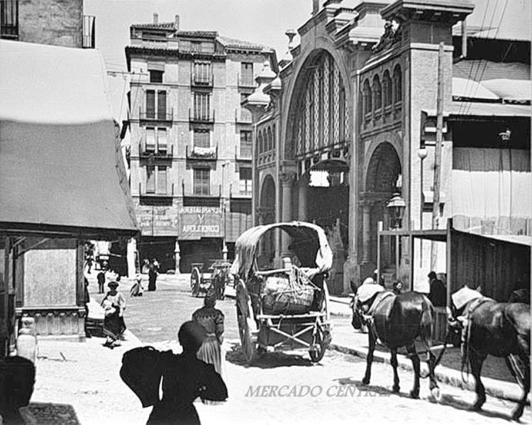 Inanuguración del mercado el 24 de junio de 1903