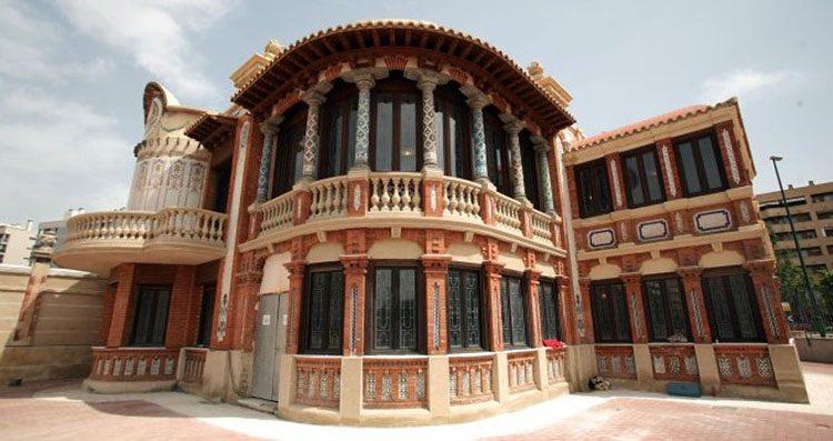 Miguel ngel navarro o de tal palo tal astilla el central de zaragoza - Arquitectura en zaragoza ...