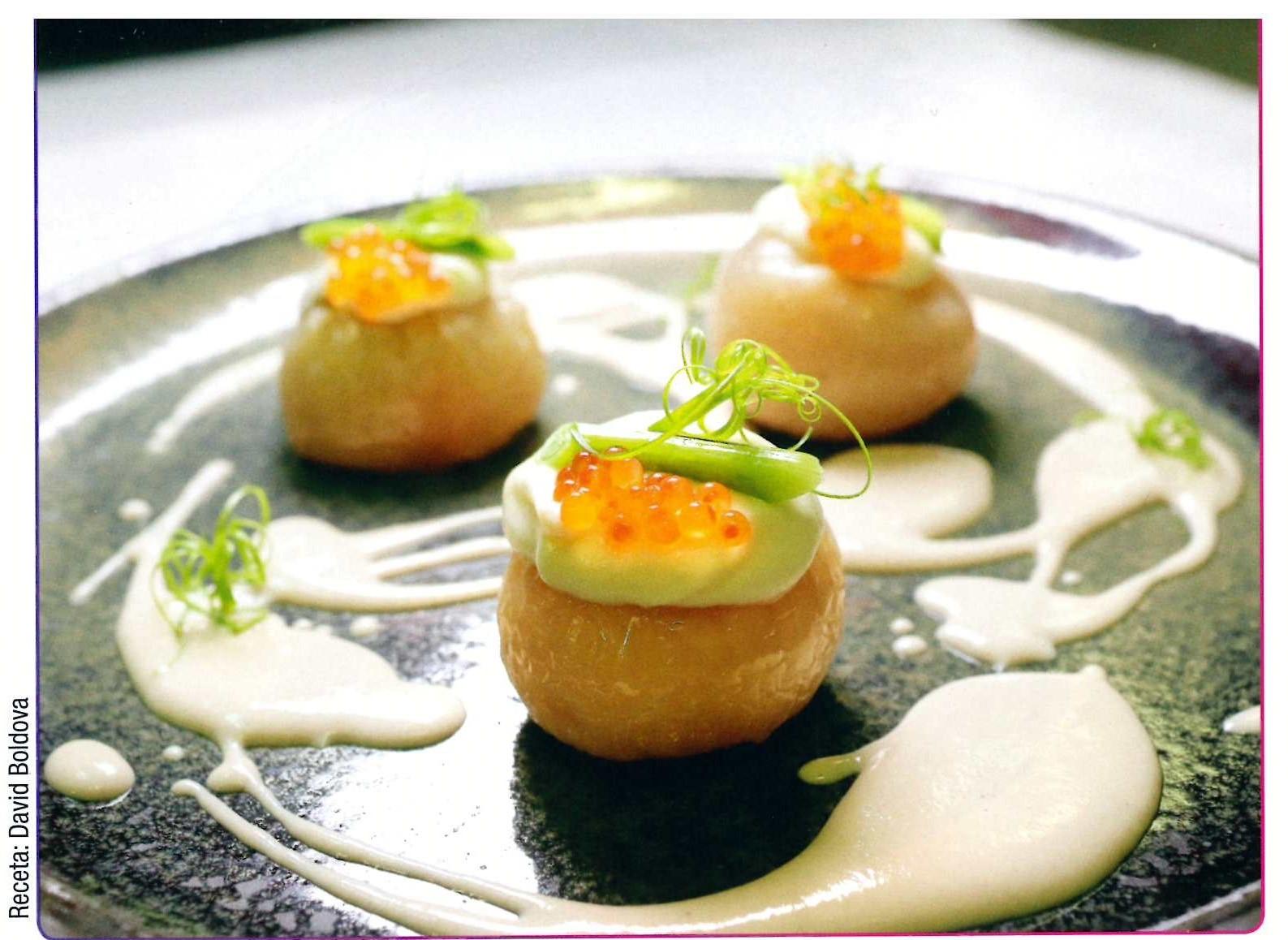 Cebolla de Fuentes, boletus y caviar de trucha.